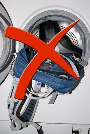 Rucksack nicht in der Waschmaschine waschen