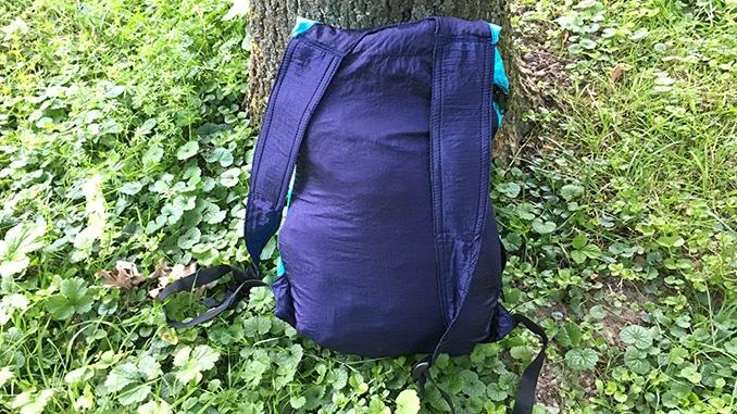 Die Rückseite des Mini Rucksacks von TTTM
