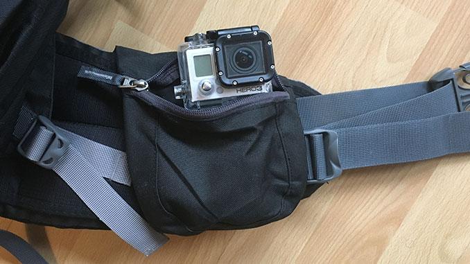 Aircontact Pro Tasche am Beckengurt mit Actioncam drin